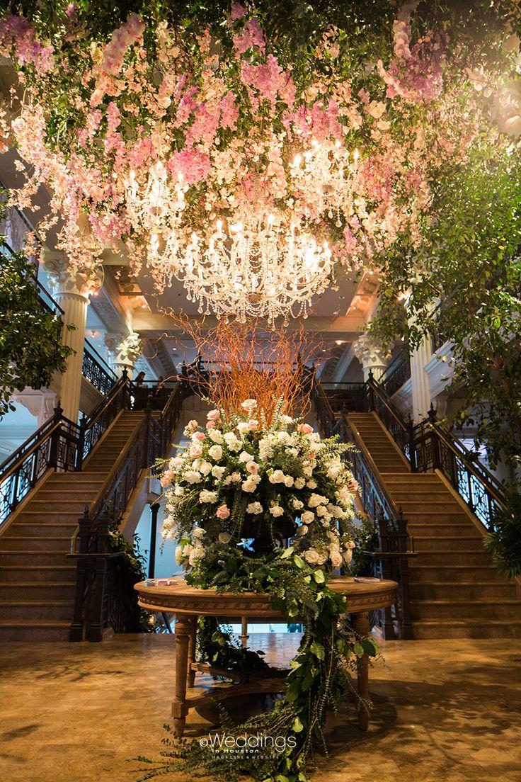 Elegant Floral Huppah by Darryl & Co   Photo: Civic Photos