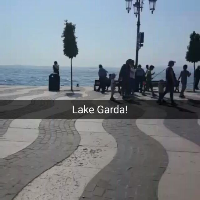#Sunday playing with my first #snapchat in #Lazise