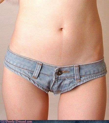 Jean shorts is an understatement.: A Mini-Saia Jeans, Shorts Shorts, Girls Night, Dogs Collars, Shorts A, Bootie Shorts, Call Them Shorts, Jeans Shorts, Daisies Dukes