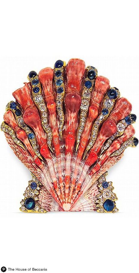 ~Verdura's shell brooch encrusted with lapis, sapphires and diamonds, circa. A master of metamorphosis. Sicilian duke-turned-jewelry-designer Fulco di Verdura (1898-1978) studded seashells with precious gems, transformed sailor's knots into pearl-encrusted necklaces, and wrapped blazing ruby hearts with braided gold rope | The House of Beccaria