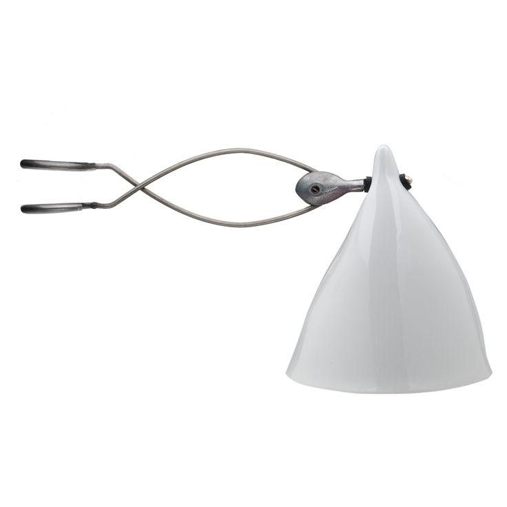 lampe a clipser sur tete de lit design de maison. Black Bedroom Furniture Sets. Home Design Ideas