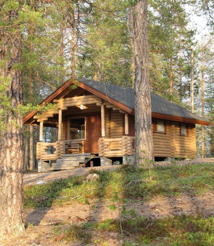 Accommodation of the Husky Center Kolmiloukko, Taivalkoski, Lapland, Finland www.kolmiloukko.com