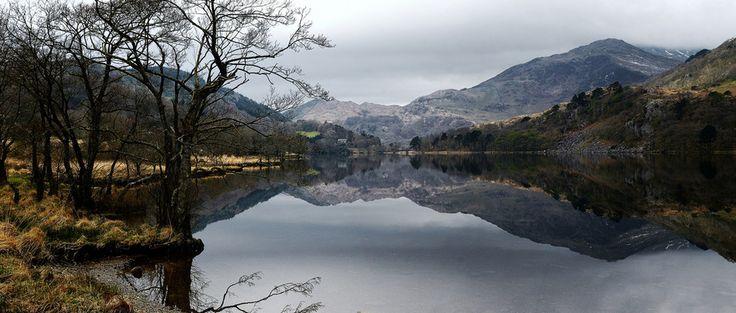 Llyn Gwynant, Snowdonia. | 21 Gorgeous Panoramic Shots From Around Britain