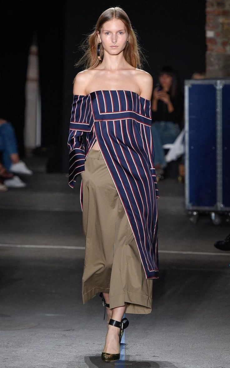 Monse gave nautical stripes a directional makeover for SS17. Expect to seethe blouses on loyal fans Selena Gomez, Brie Larson or Amal Clooney next season