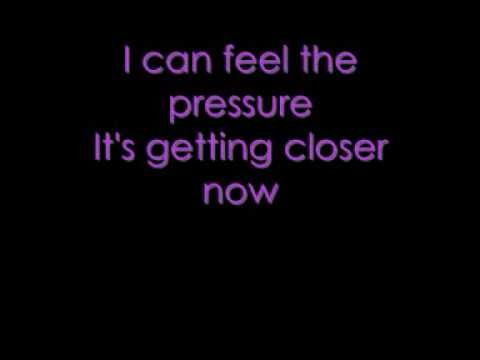 ▶ Paramore - Pressure lyrics - YouTube