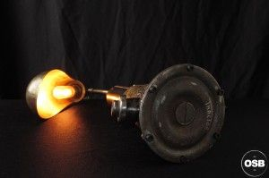 Lampe Tractor creation unique cric ancien esprit industriel art 6  / strange Steampunk Industrial Tractor lamp made from vintage stuff