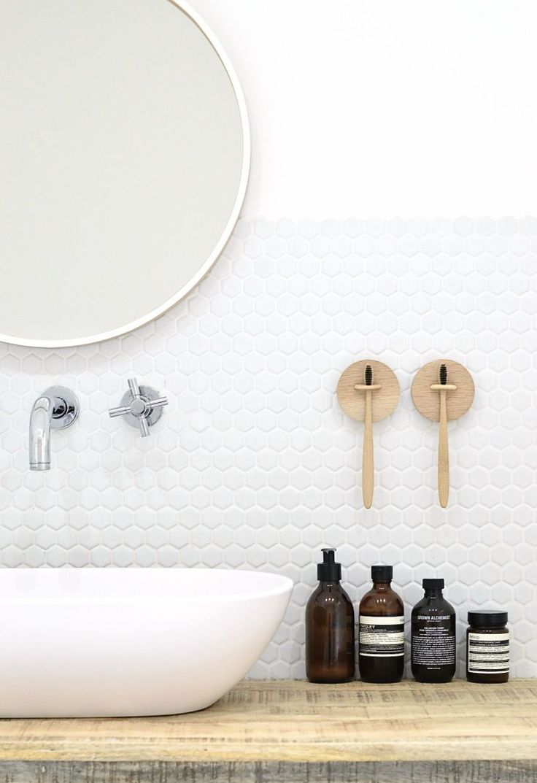 Best 25+ Wall mounted toothbrush holder ideas on Pinterest ...