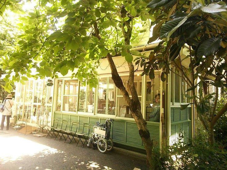 井の頭線井の頭公園にあるカフェ・ド・リエーブル。井の頭線のおすすめスポット