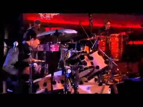 Los Tigres Del Norte   Calle 13 - America (Mtv Unplugged) (Video) - YouT...