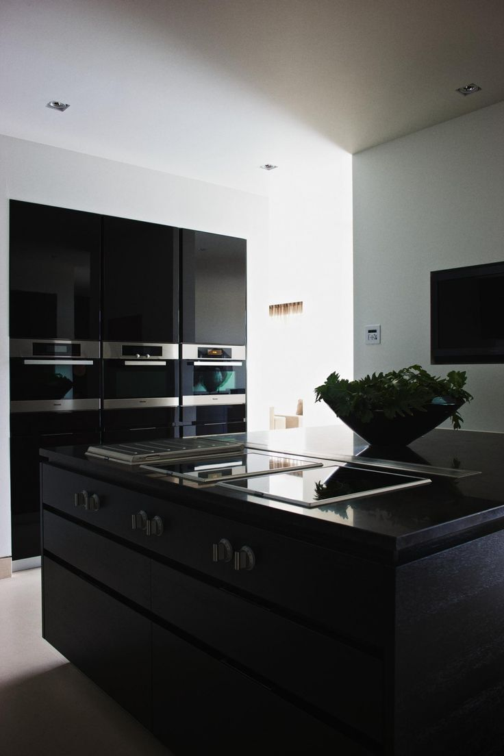 The Netherlands / Amsterdam / Private Residence / Kitchen / Eric Kuster / Metropolitan Luxury