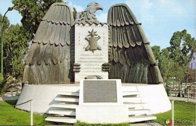 Monumento a los Niños Heroes en el Parque Morelos