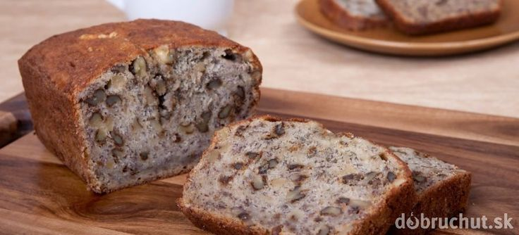 Silvestrovský slaný orechový chlebíček