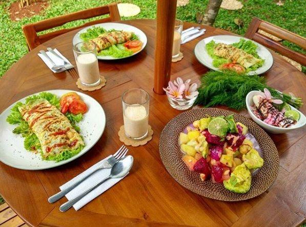 15 Makanan Peninggi Badan Untuk Orang Dewasa yang Cepat dan Alami