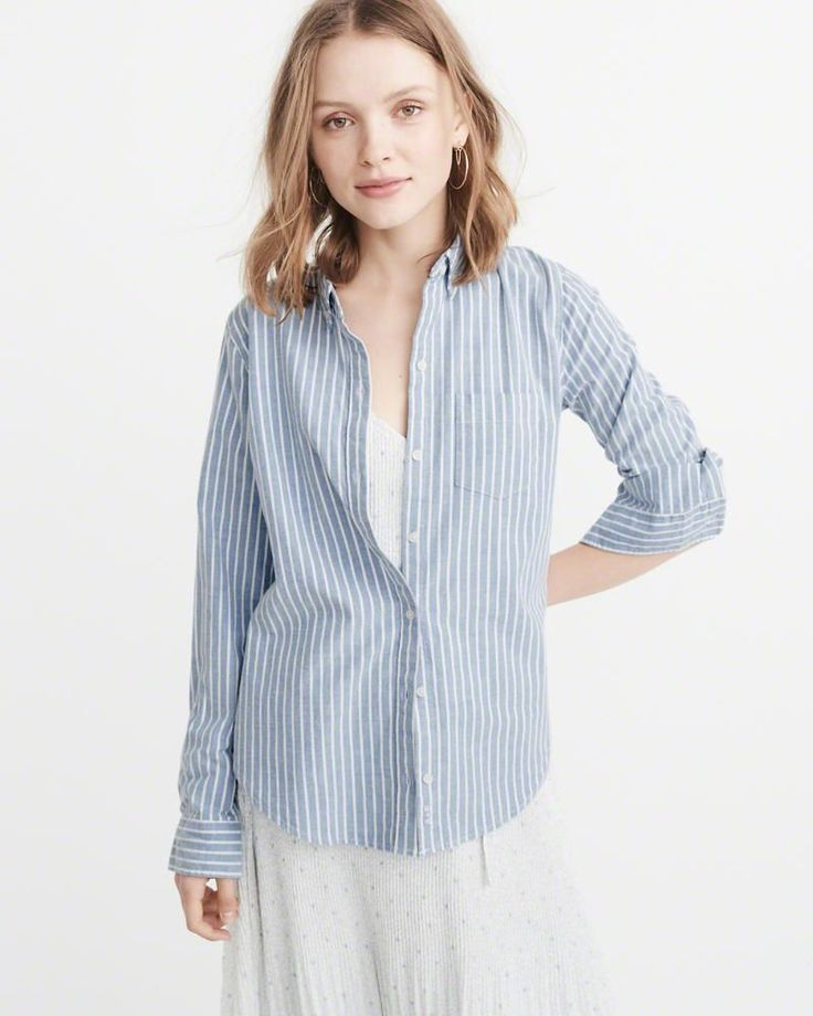 A&F Women's Oxford Shirt in Blue - Size XL