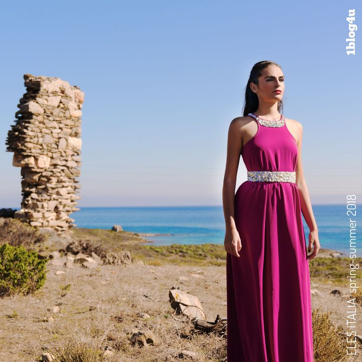 """The ELES ITALIA #fashion designers, #Silvia & #Stefania #Loriga & their new """"Sardinian landscape"""", ready-to buy #collection for #SpringSummer2018. The collection is rich in details, tailor-made preciousness, new prints, fringes & innovative 3D embroideries in crystals, gems & #Swarovski , making each garment & #accessory a real art work ( #Francesca #Fortini for #1blog4u ) - #Gabriella #Ruggieri #blogger #fashionblogger #lifestyle #design #artblogger #SMM #Sergio #Bellotti #Eles #Italia"""