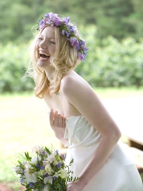 Whimsical and Wonderful Flower Crowns - such an adorable and candid shot! LOVE IT!!!