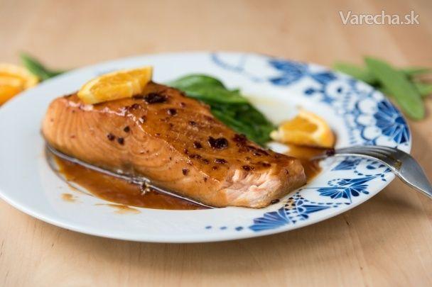 Chcem sa s vami podeliť o viackrát vyskúšaný recept na lososa. Je to úžasná kombinácia slanej, sladkej, kyslej a pikantnej chuti. Príprava nie je náročná a výsledok stojí za to.  (http://farby-chute-vone.blogspot.com/2016/05/chutny-losos.html)