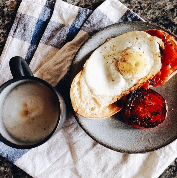 Our Favorite Reader Breakfast Ideas: Roasted tomatoes + garlic toast ...