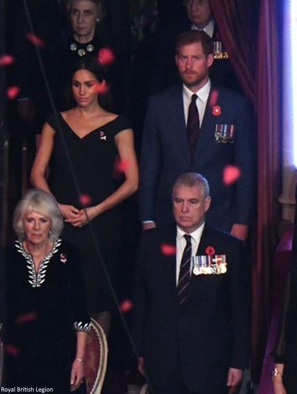 11 10 2018 festival of remembrance meghan wore a chic black dress unfortunately we only saw a couple of pho prince harry and megan american princess duchess prince harry and megan