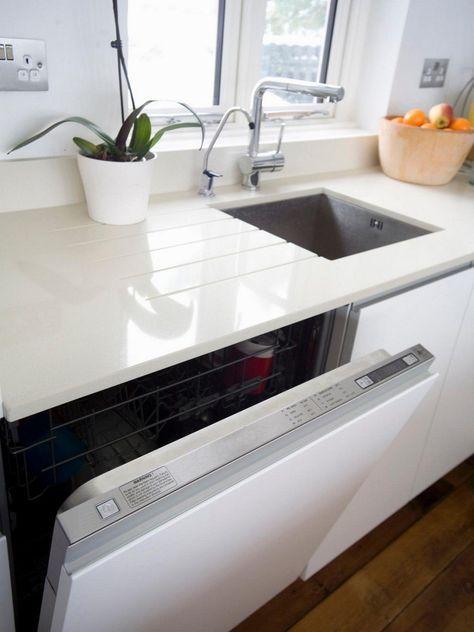 weiße Granit Arbeitsplatte und weiße Fronten | Küche | Küche ...