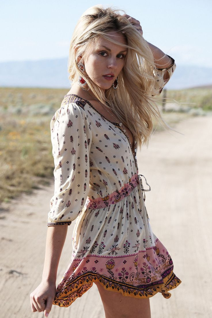 Sexy feminine boho chic cinched waist tunic top, romper look. For the BEST Bohemian fashion styles FOLLOW https://www.pinterest.com/happygolicky/the-best-boho-chic-fashion-bohemian-jewelry-gypsy-/ now
