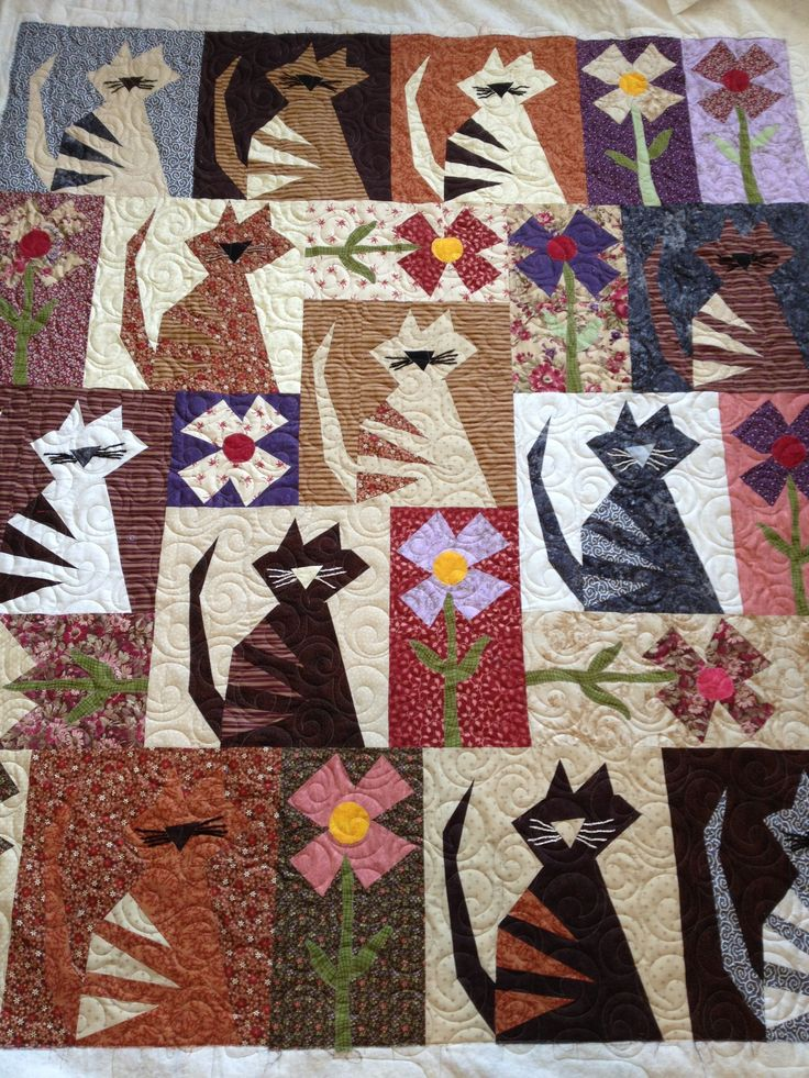 Buggy barn pattern pieced by Karen E.  Just love this one. Buggy barn pattern also has dogs.