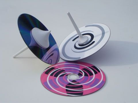 CD recycle Spinning tops