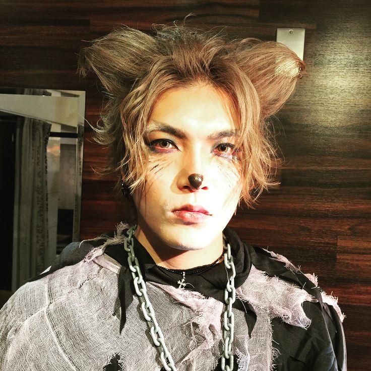 #Halloween #ハロウィン #ハロウィンメイク #狼 #狼男 #コスプレ #仮装 #メイク #猫耳 #耳 #犬耳  #ヘアメイク #hairmake #hairstyle  #ヘアスタイル #ウェーブ #イケメン #歌舞伎町 #ホスト #LOVE #聖帝 #hairmakenoe #ヘアメイクノア  #担当あやか