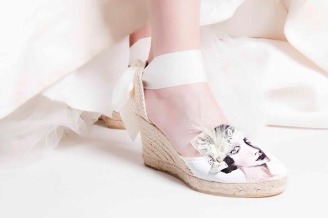 Zapatos personalizados y cómodos para novia http://conbdeboda.blogspot.mx/2013/05/cest-chic.html