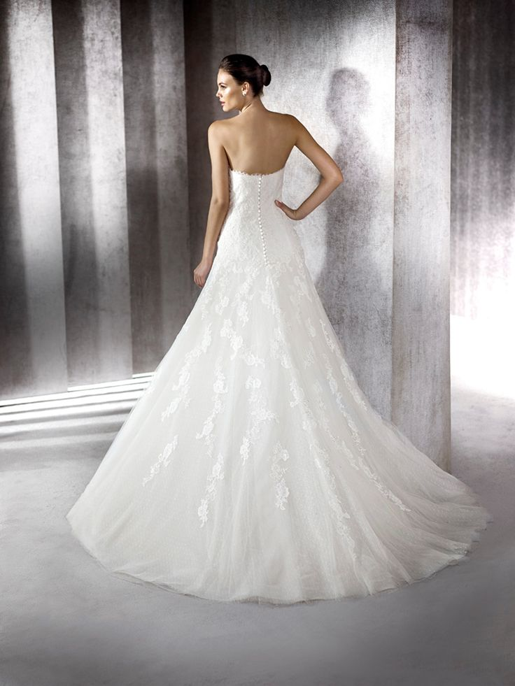 ZUZELA - Sweetheart bodice with jacket with off-the-shoulder neckline and 3/4 sleeves in lace