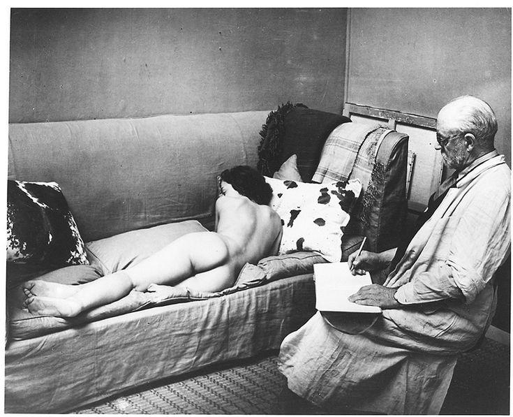 Brassaï. Matisse Drawing a Nude, 1939.