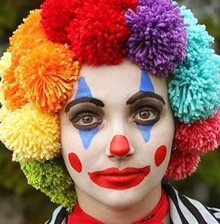 Faire maquillage clown facilement pour Halloween