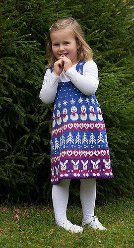 Ravelry: Julekjole med kaniner pattern by Cecilie Kaurin and Linn Bryhn Jacobsen