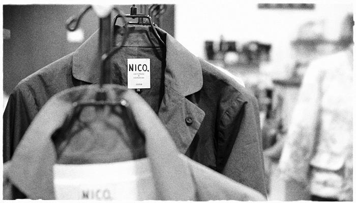 nicholson and nicholson・ニコルソン アンド ニコルソンから春らしい、清涼感のあるリネン混のシャツテールニットプルオーバーが届きました!