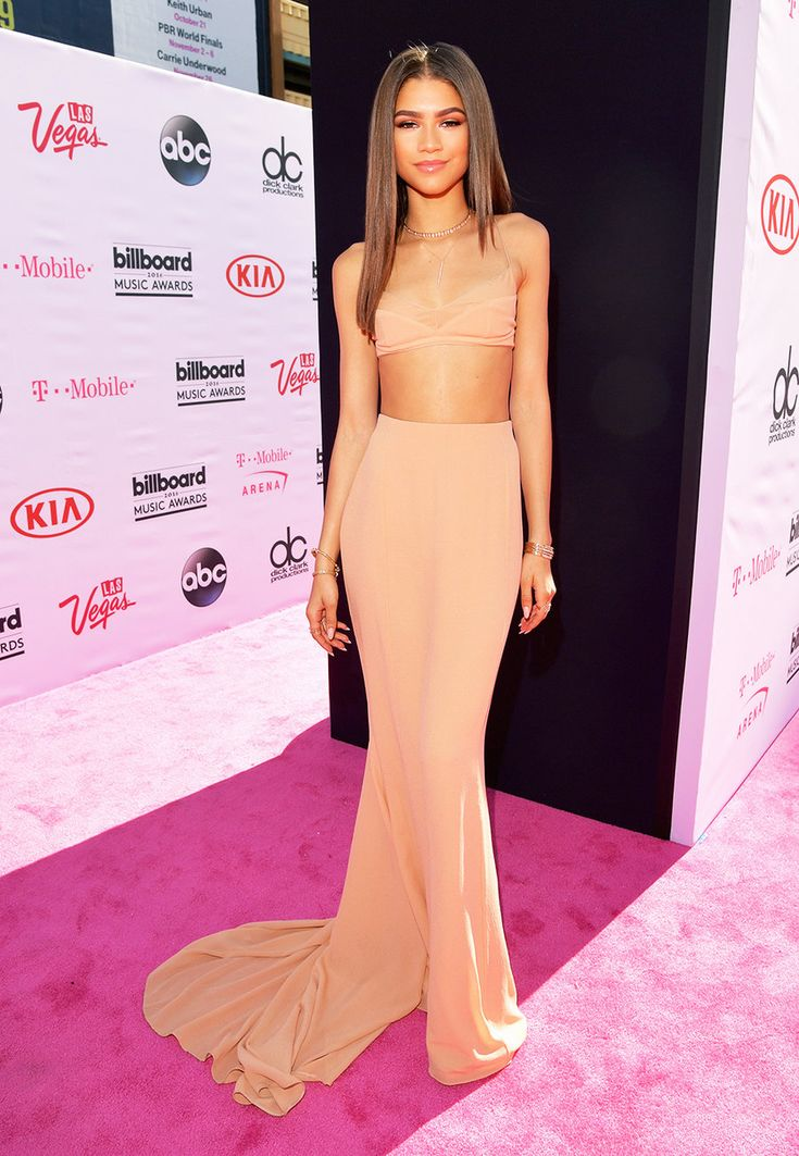 Zendaya - Billboard Music Awards Red Carpet Photos 2016 | Billboard