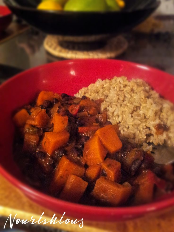 Brazilian black bean vegetarian stew.  This vegan stew is full of flavour with black beans, sweet potatoes, and red bell peppers.