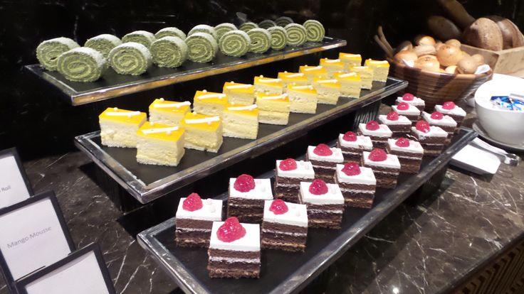 Hilton Sukhumvit Bangkok Hotel Executive Lounge