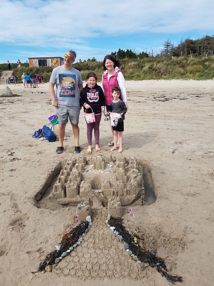 The Goddards came first place in our annual Sandcastle competition! What a great job they did! 👏👏