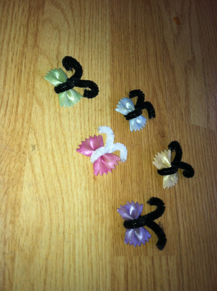 Butterfly pasta craft with the kiddies