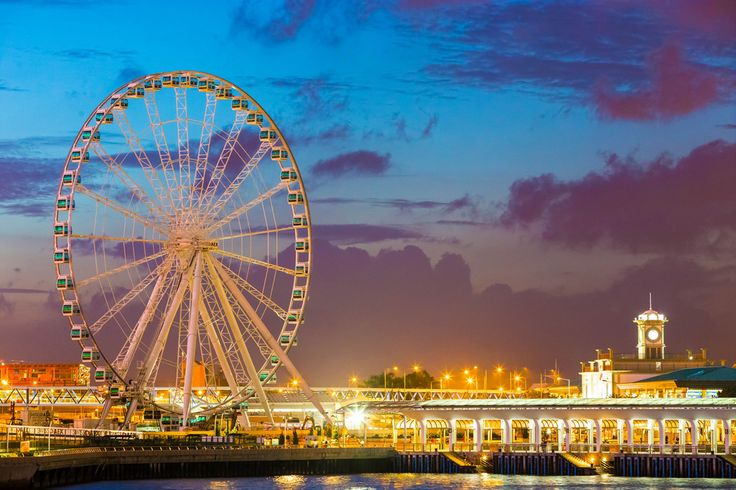 Hong Kong's Observation Wheel Opens New Vistas: Attractions Article by 10Best.com