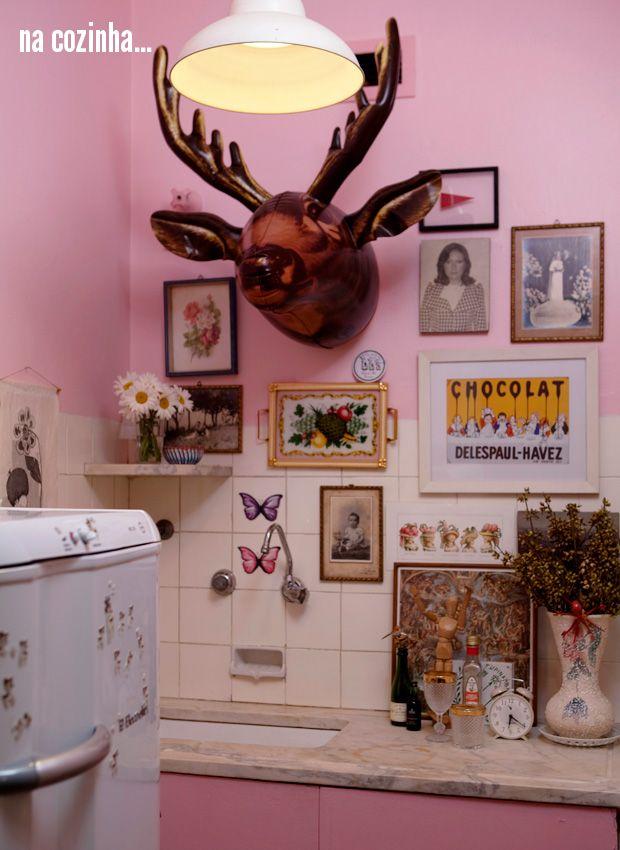 kitsch kitchen #decor #cozinha #pink