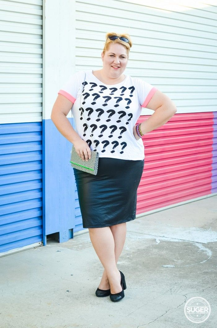 "Melissa from suger coat it wearing our FAVOURITE ""wet'n wild scuba skiert""  read her blog post by clicking on the pic - She Wore What: Thor Preview Screening & buy the fabulous skirt here......http://www.harlowstore.com/skirts/wet-and-wild-scuba-pencil-skirt/"
