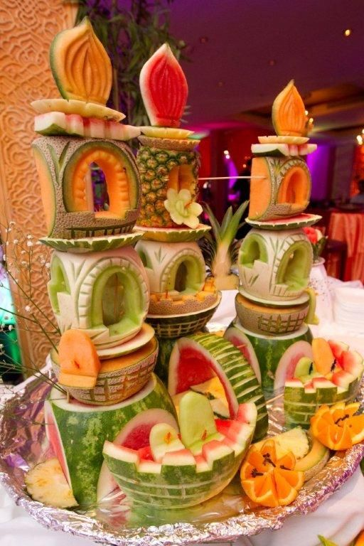 Beautiful Carvings, they look delicious but I wouldn't want to ruin this by eating it!