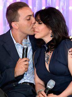Cristian Castro Dice Estuvo Enamorado De Su Madre
