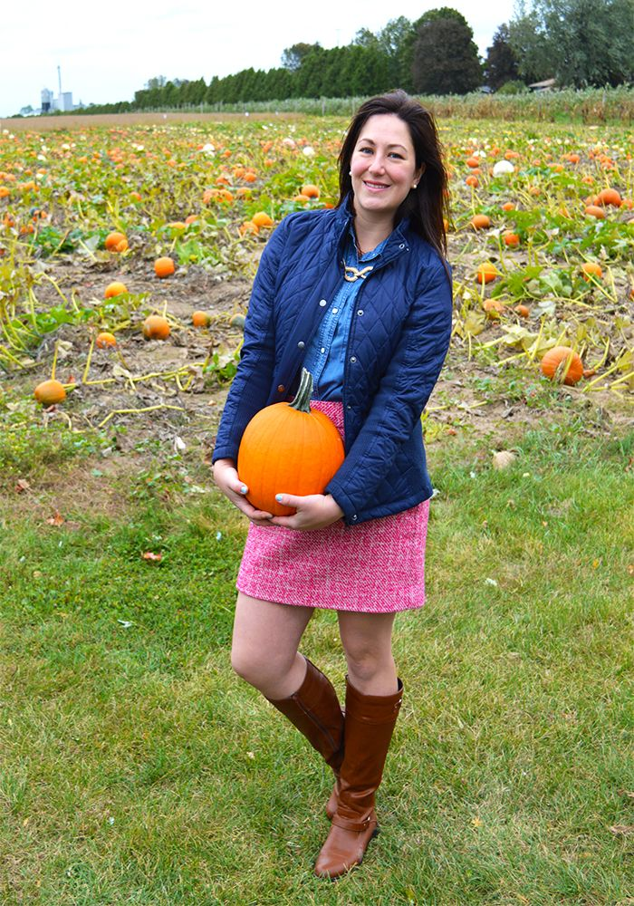 Celebrating this Life: Pumpkin Patch #fashionfriday #fashion #preppy #targetstyle #bananarepublic #preppyoutfit #ootd #workwear #oldnavy #chambray #chambrayshirt #datenight #whatiwore #weekendoutfit #macys #pumpkinpatch #bernese #bernesemountaindog