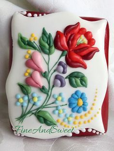 Pin by Kristina Spudić on Cookies/Cakes - Kalocsai Embroidered ...