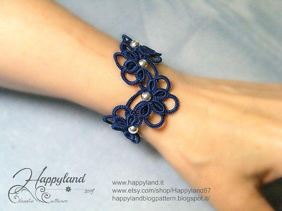Upside down bracelet tatting pattern by Happyland87 on Etsy
