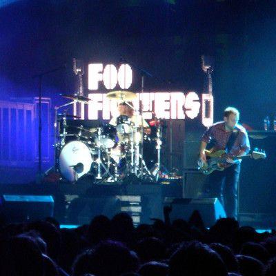 """Foo Fighters это известная группа, созданная Дэйвом Гролом, бывший барабанщиком Нирваны. Что именно означает """"Foo Fighters""""? НЛО."""