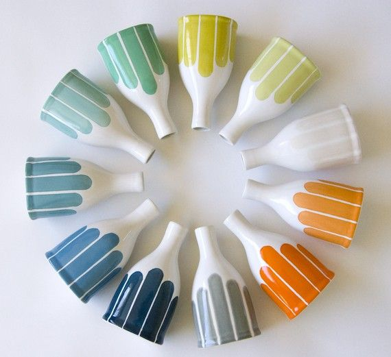 Love the colors Colors Pallets, Bottle Vases, Bud Vases, Spinning Wheels, Colors Palettes, Colors Wheels, Colours Wheels, Clay Creations, Stripes Bottle