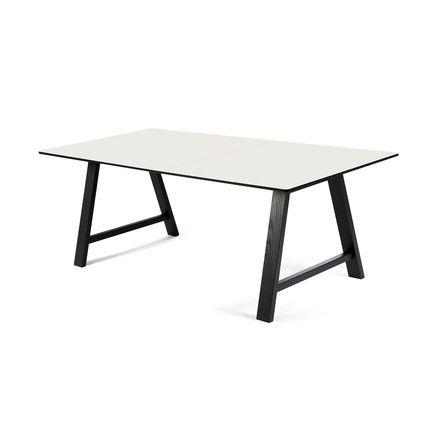 Andersen Furniture - T1 Ausziehtisch 160cm, Eiche schwarz / Laminat weiß Schwarz/Weiß T:88 H:72 B:160 Jetzt bestellen unter: http://www.woonio.de/produkt/andersen-furniture-t1-ausziehtisch-160cm-eiche-schwarz-laminat-weiss-schwarzweiss-t88-h72-b160/